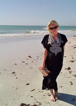 "Lido Beach in my new dress from ""Moracco"""