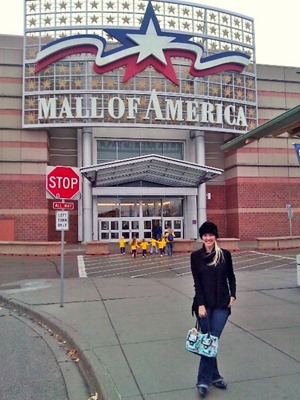 Shannon at The Mall of America entrance