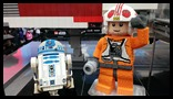 Lego Star Wars in Times Square R2D2