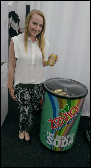 @thehunt enjoys Zevia at BeautyCon